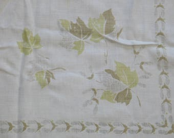 Vintage Printed Tablecloth / 1940s Tablecloth / Mid Century / Golden Green Leaves  / Retro