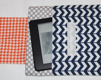 "Instant Download PDF Sewing Pattern: Very Easy Padded Case for eReaders. Devices from 6 3/4"" by 3 1/4"" up to 8 1/2"" by 6"" Make it today"