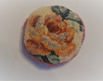 Dollhouse Miniature Micro Petit Point Pillow: Rose