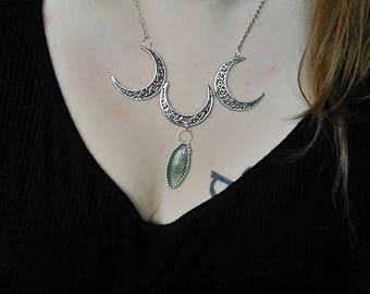 Triple Moon / Triple goddess Wicca / green Fluorite Crystal healing