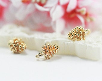 7x7x9mm 14K light gold plated brass pine cone nuts pendant charm