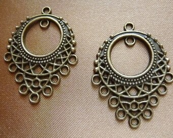 """Drop, Antiqued Brass Finished """"Pewter"""" (zinc-based alloy), 33x25mm teardrop, pewter, 10 loops, Pack Of 6 drops."""