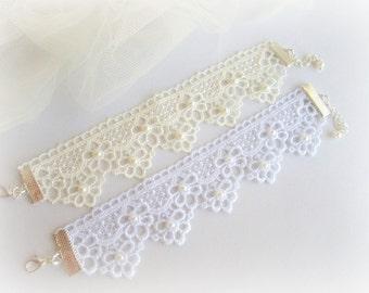 Lace bracelet, embroidered flowers lace bracelet, ivory, white bridal lace bracelet, floral lace bracelet,bridesmaid bracelet, lace jewelry