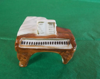 Vintage Dollhouse Size Ceramic Piano //2