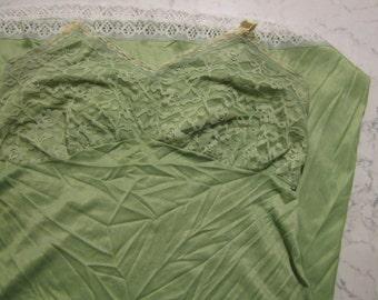 Vintage 40 's 50 's 60 's slip dress size 40 xs/s.