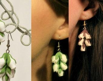 flower earrings, mocha earrings, white earrings, gift for her, bridesmaids earrings, brown bridal jewellery, chocolate jewellery, white