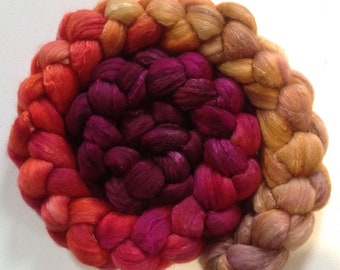Hand Dyed gradient roving 3.8ozs merino/silk 80/20 Ready to ship