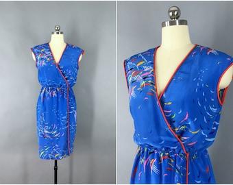 Vintage 1980s Dress / Blue Novelty Print Day Dress / 80s Wrap Dress / Size Small XS S