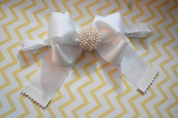 White christening /baptism bow with rhinestone - Baby / Toddler / Girls / Kids Headband / Hairband / Hair bow / Barrette / Hairclip