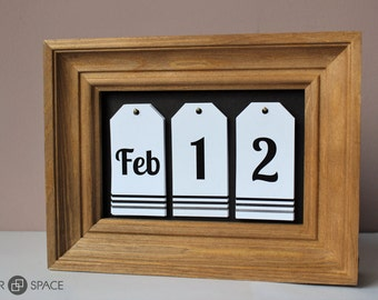 DESK CALENDAR. Wooden Frame. Christmas Gift. House Warming Gift. Natural Materials. Ready To Ship.