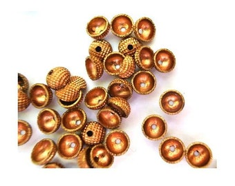 10 VINTAGE beads, can be use as cap beads 6mmx3mm height