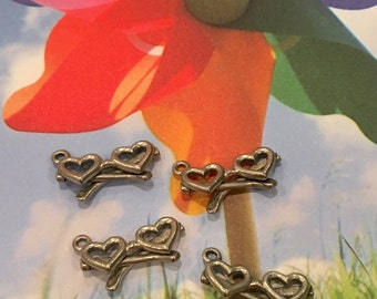 Heart Glasses Charms -4 pieces-(Antique Pewter Silver Finish)