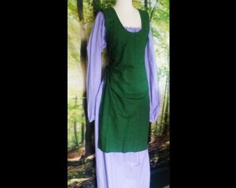 L Tabard Dress in Hunter Green Linen
