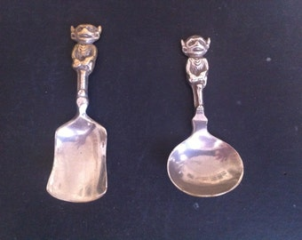 VINTAGE ENGLISH Imp Spoons From Lincoln 1920s for tea leaves