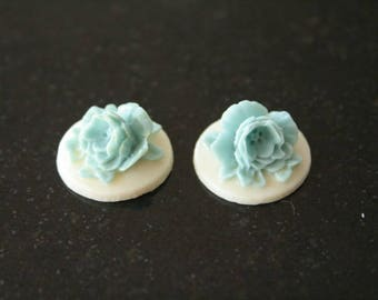 """4 cabochons """"flowers in relief"""" resin. (ref:0945)."""