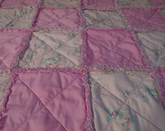 pink floral quilted rag throw