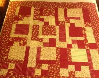 Red Floral Throw Quilt