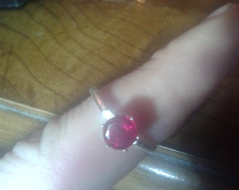 1.2Ct Natural Ruby Silver Ring