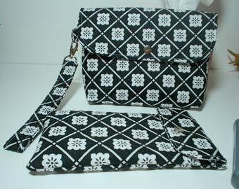 Black and White Pouch Set with Sun Glass Case