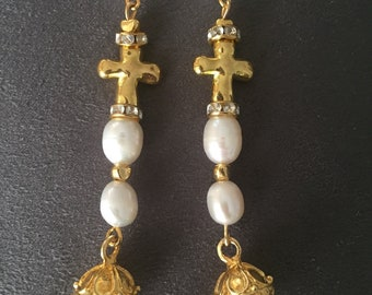 Long earrings with natural pearls and crosses