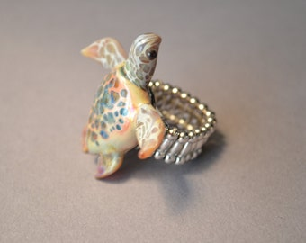 Sea Turtle Ring Sea Turtle Jewelry Turtle Pendant Glass Ring Ocean Jewelry Expandable Ring Blown Glass Jewelry Sea Turtle Beads