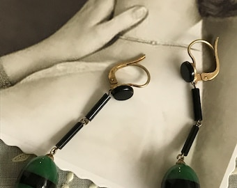1920 French Antique Vintage Art Deco earrings - forest green and black crystal - drop shape - Miss Fisher - New old Stock - Flapper