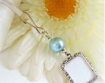 Wedding bouquet photo charm - blue. Bridal bouquet charm. Handmade memorial photo charm. Bridal shower gift for the bride. Something blue