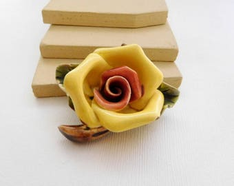 Vintage Large Chunky Porcelain Red Yellow Rose Flower Brooch Pin VV43