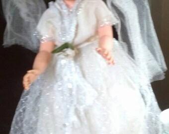 Sale-Gorgeous Vintage Allied Bride Doll All Original