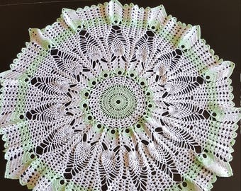 Mint green and white pineapple table topper