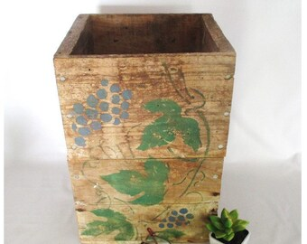 Wine Box, Vintage Bottle Holder Planter European Style Cottage Cabin Rustic Decor