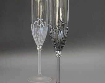 Wedding Glasses, Champagne Flute, Winter Wedding, Silver Wedding, Hand Painted, Set of 2