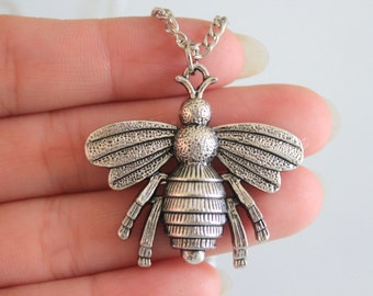 Antique Silver Large Bee Necklace , Honey bee Necklace, Bee Pendant Necklace, Bee Charm Necklace 35*38mm