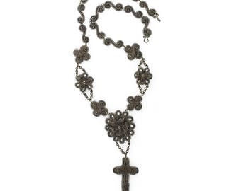 Silesian wirework medallion and cross necklace, early 19th century . nlfn119