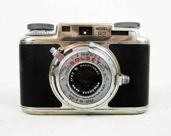 Vintage Bolsey B2 35mm Fixed Lens Rangefinder Camera. Circa 1940's - 1950's.