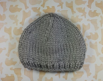 Newborn light gray winter hat;  bulky, unisex newborn hat