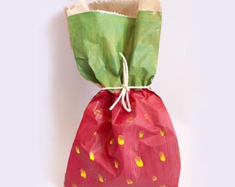 Strawberry favour bags. Strawberry theme party, strawberry shortcake, strawberry favours