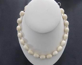 Vintage Napier Signed Gold Tone & Cream Bead Choker Necklace #E4