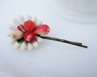 Fruit Basket Hairpin - hairpin with vintage upcycled decoration