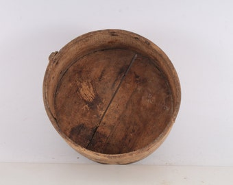 old vintage Wood cylindrical vessel - a measure of grain (about 15 kilograms)