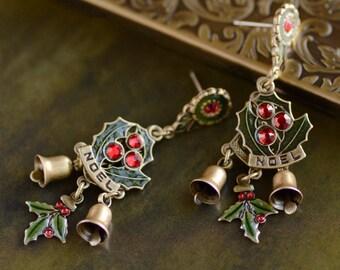 Christmas Earrings, Holly Earrings, Sweet Romance, Bell Earrings, Vintage Christmas, Christmas Jewelry, Holiday Earrings, Christmas E355