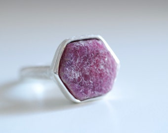 Ruby ring.  Sterling silver ring with natural raw hexagonal Ruby. Raw Ruby ring, Ruby crystal ring, hexagonal stone, hexagonal ruby ring.
