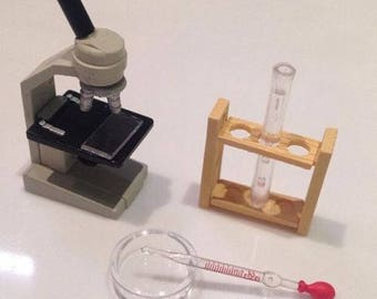 Dollhouse Miniature 1:6 Scale Microscope School Test Tube Petri Dish Slide