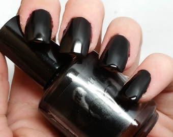 matte black nail polish, indie nail polish 5 free nail polish, paint it pretty 15 ml