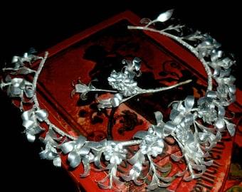 Elegant Vintage German Myrtle Wedding Crown with Myrtle Partner Brooch~25th Wedding Anniversary Crown~Bridal Crown~Paper Myrtle Crown