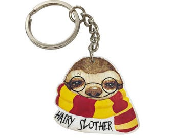 Hairy Slother keychain - Sloth keychain - Potterhead - Slytherin Book Lover - Cute baby sloth gift - Adorable sloth inspired by books