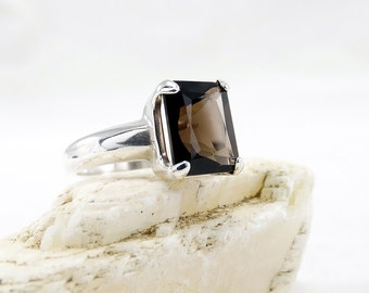 smoky quartz ring, Quartz ring, ring smoky quartz, sterling silver  big stone ring, Smoky quartz, ring size 7