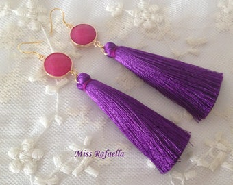 925 silver earring with natural stone and purple tassel.