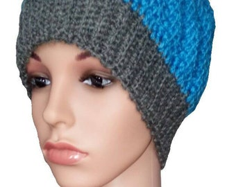Knitted hat in blue
