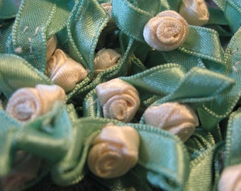 1 Gross Pale Cream VINTAGE Ribbon Roses// 144 Ribbon Flowers// Appliques/ Embellishments/ Sewing/ Crafting/ Crazy Quilt Supplies